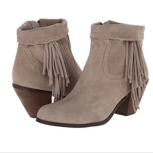 SAM EDELMAN Louie Fringed Ankle Boot, Size 11M
